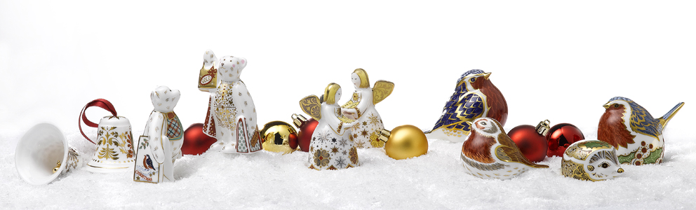 Crown derby christmas decorations for Christmas crown decoration