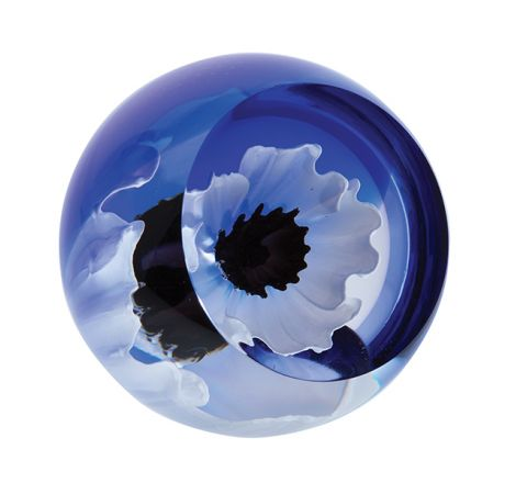 World War 1 - Peace Poppy Glass Paperweight, 65mm (Remembrance) | James Pirie