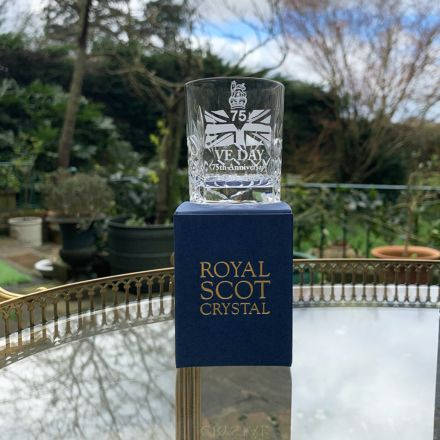 VE Day - 75th Anniversary Commemorative Kintyre Crystal Tot Glass - 60mm (Gift Boxed) | Royal Scot Crystal