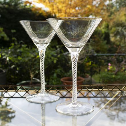 Jacobean Air Twist - 2 Cocktail Martini Glasses (Gift Boxed)